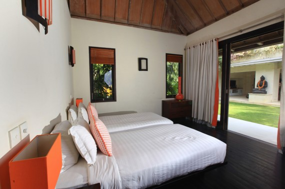 Guest House - Orange Room