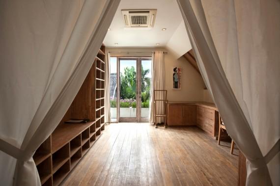 Master Bedroom - Dressing Room