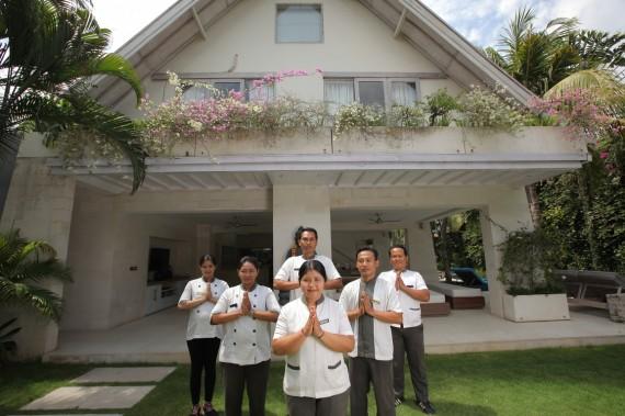Casa Mateo - Service Team